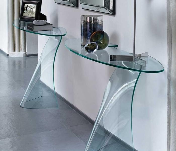 Entdecken Sie bei Conzept Beckord besondere Designmöbel! Hier finden Sie Fiam Italia Konsolen: Dama
