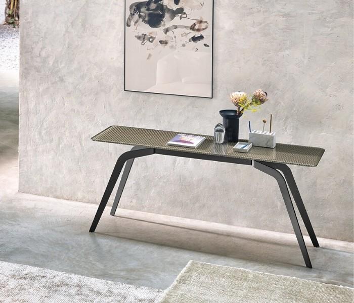Entdecken Sie bei Conzept Beckord besondere Designmöbel! Hier finden Sie Fiam Italia Konsolen: Lunar