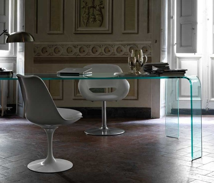 Entdecken Sie bei Conzept Beckord besondere Designmöbel! Hier finden Sie Fiam Italia Tische: Ragno