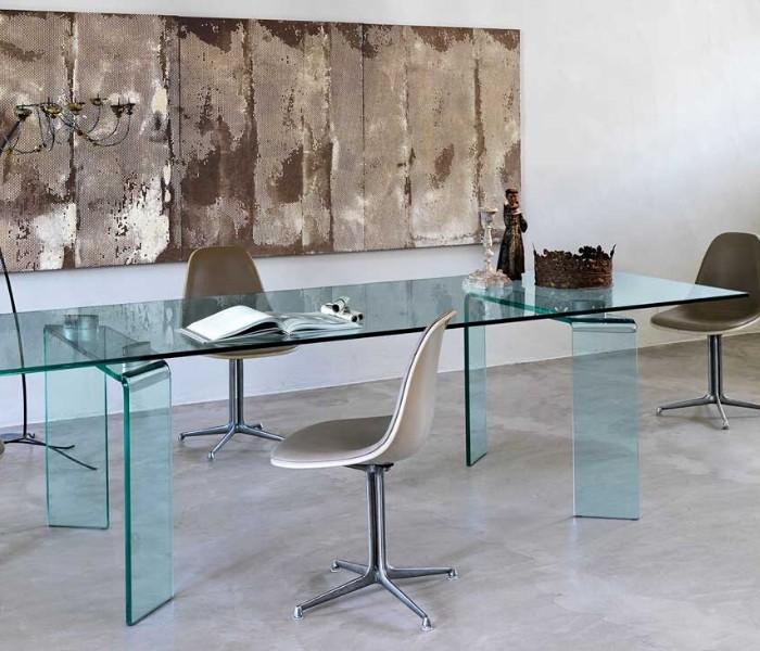 Entdecken Sie bei Conzept Beckord besondere Designmöbel! Hier finden Sie Fiam Italia Tische: Ray