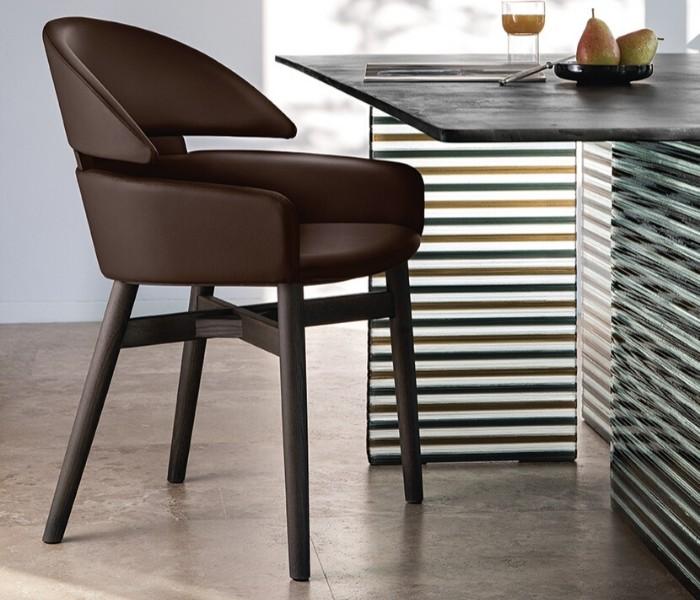 Entdecken Sie bei Conzept Beckord besondere Designmöbel! Hier finden Sie Fiam Italia Stühle: Lioyd
