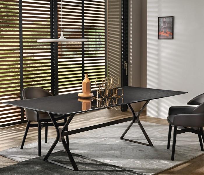 Entdecken Sie bei Conzept Beckord besondere Designmöbel! Hier finden Sie Fiam Italia Tische: Hype