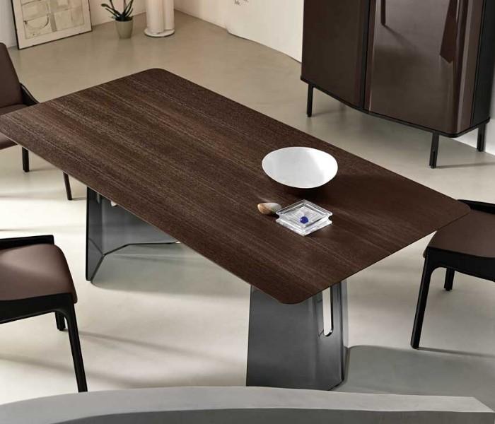 Entdecken Sie bei Conzept Beckord besondere Designmöbel! Hier finden Sie Fiam Italia Tische: Plie