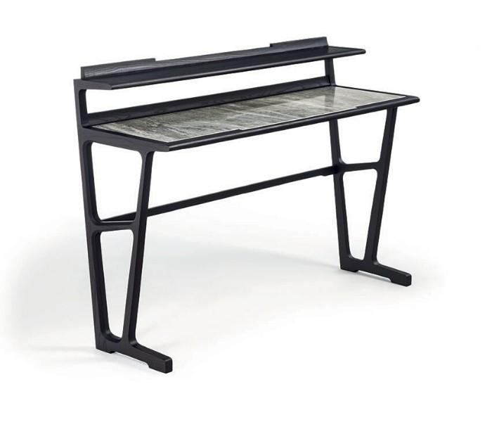 Entdecken Sie bei Conzept Beckord besondere Designmöbel! Hier finden Sie Frigerio Accessoires: Arche Consolle