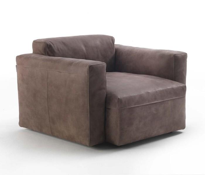 Entdecken Sie bei Conzept Beckord besondere Designmöbel! Hier finden Sie Frigerio Sessel: Cooper junior