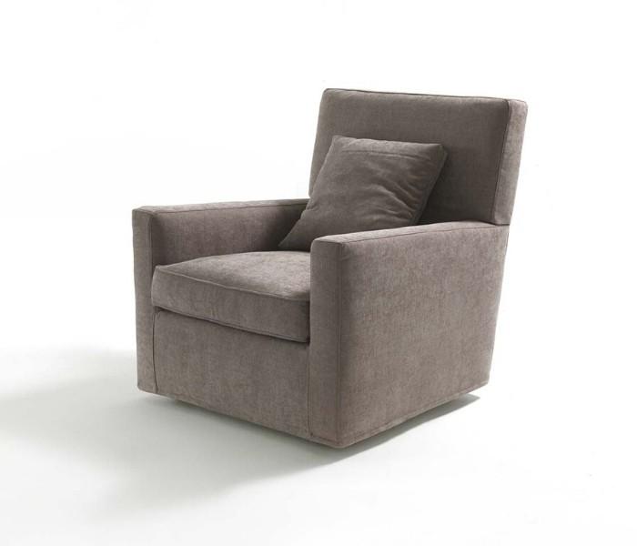 Entdecken Sie bei Conzept Beckord besondere Designmöbel! Hier finden Sie Frigerio Sessel: Esther