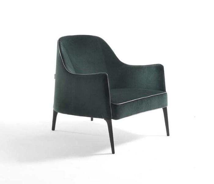 Entdecken Sie bei Conzept Beckord besondere Designmöbel! Hier finden Sie Frigerio Sessel: Jackie bergere