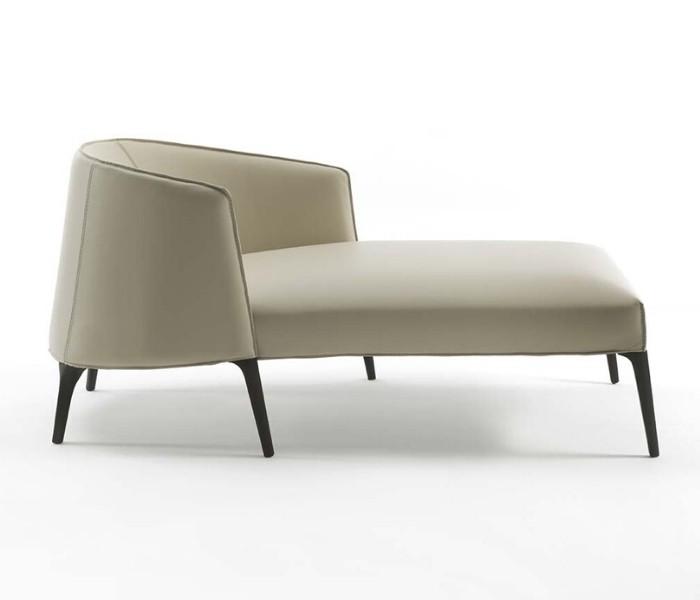 Entdecken Sie bei Conzept Beckord besondere Designmöbel! Hier finden Sie Frigerio Sessel: Jackie longue