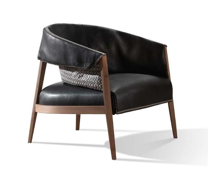 Entdecken Sie bei Conzept Beckord besondere Designmöbel! Hier finden Sie Frigerio Sessel: Liza