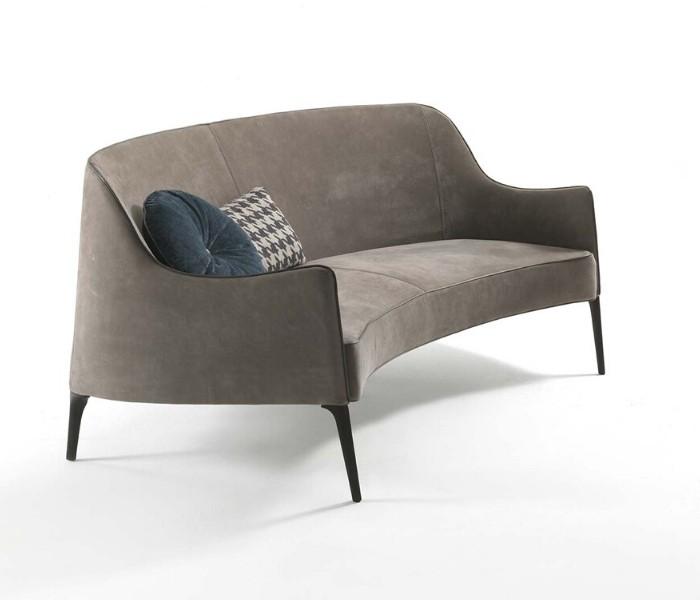 Entdecken Sie bei Conzept Beckord besondere Designmöbel! Hier finden Sie Frigerio Sofas: Jackie bergere