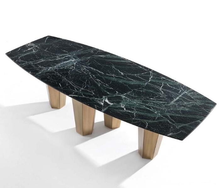 Entdecken Sie bei Conzept Beckord besondere Designmöbel! Hier finden Sie Frigerio Tische: Parker