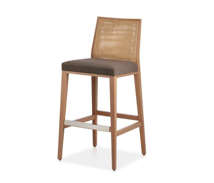 Entdecken Sie bei Conzept Beckord besondere Designmöbel! Hier finden Sie Potocco Barhocker: Queen