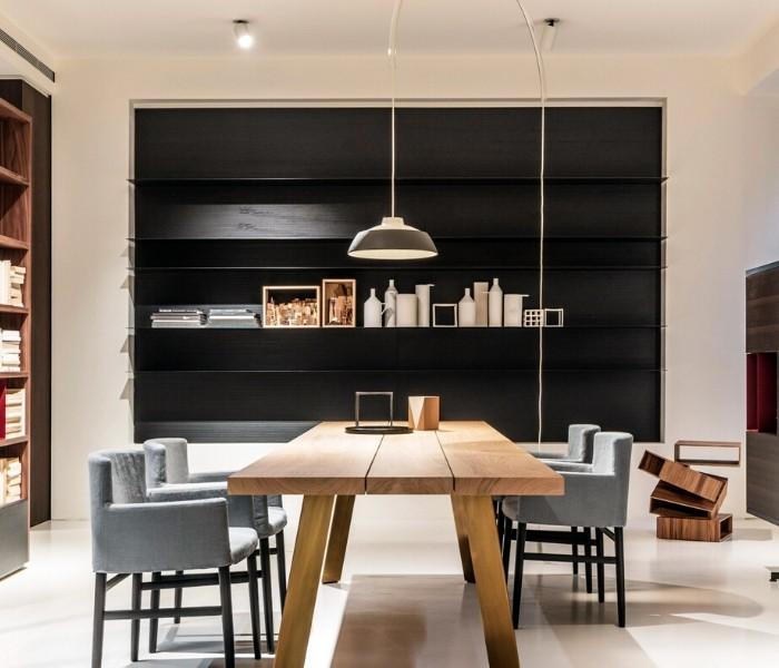 Entdecken Sie bei Conzept Beckord besondere Designmöbel! Hier finden Sie Potocco Regalsysteme: Load It
