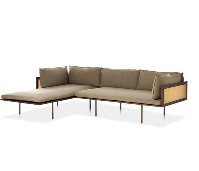 Entdecken Sie bei Conzept Beckord besondere Designmöbel! Hier finden Sie Potocco Sofas und Sessel: Loom