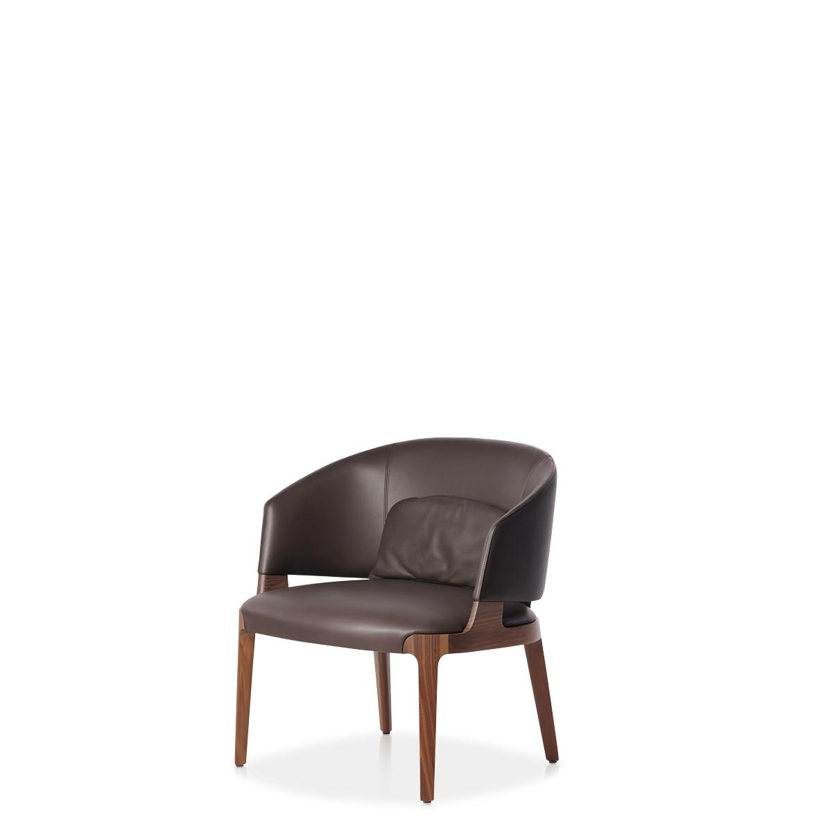 Entdecken Sie bei Conzept Beckord besondere Designmöbel! Hier finden Sie Potocco Sofas und Sessel: Velis braun