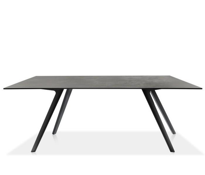 Entdecken Sie bei Conzept Beckord besondere Designmöbel! Hier finden Sie Potocco Tische: Katana