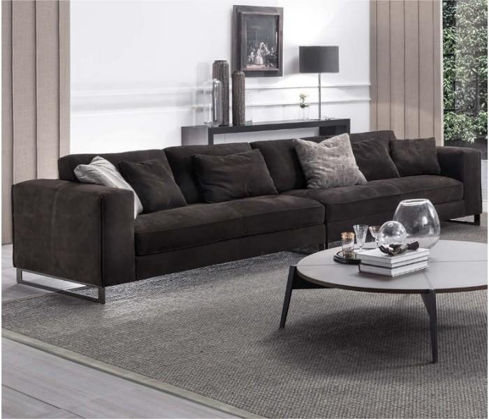 Entdecken Sie bei Conzept Beckord besondere Designmöbel! Hier finden Sie Frigerio Sofas: Davis twin