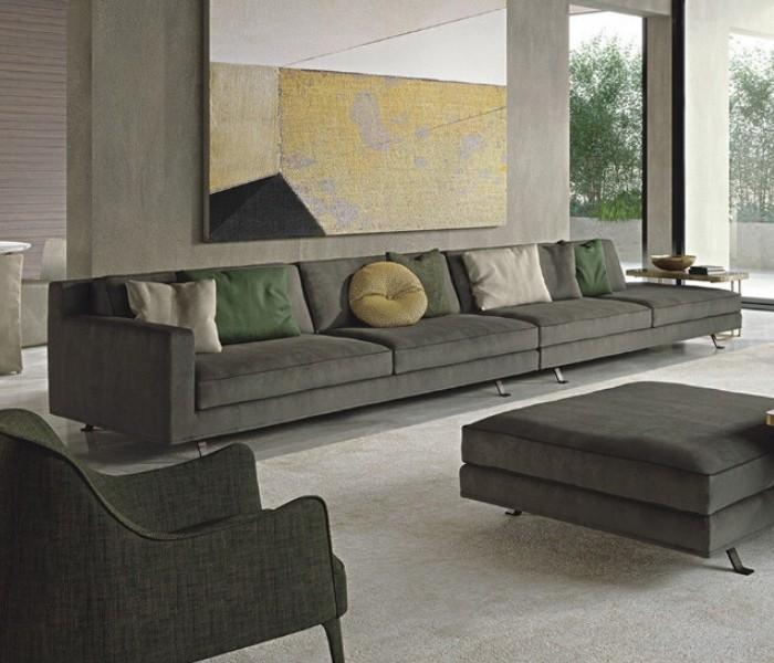 Entdecken Sie bei Conzept Beckord besondere Designmöbel! Hier finden Sie Frigerio Sofas: James