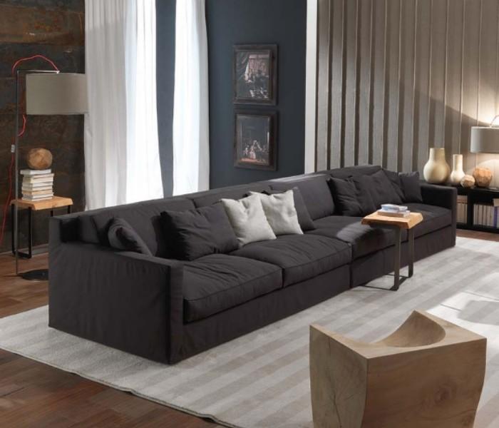 Entdecken Sie bei Conzept Beckord besondere Designmöbel! Hier finden Sie Frigerio Sofas: Jordan
