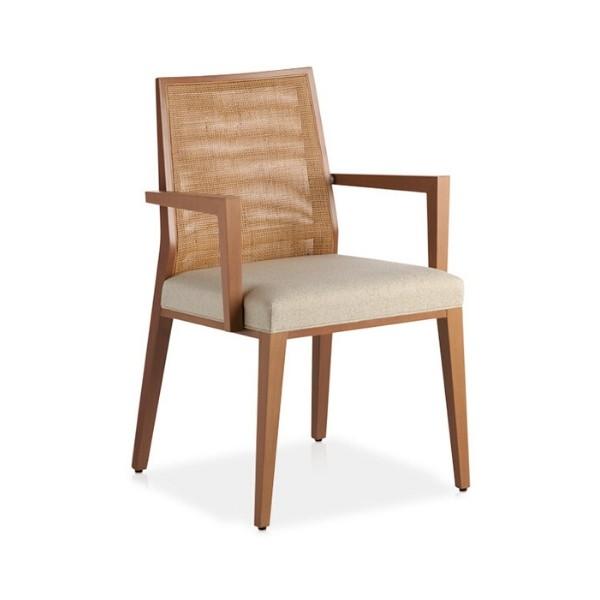 Entdecken Sie bei Conzept Beckord besondere Designmöbel! Hier finden Sie Potocco Stühle: Queen lehne