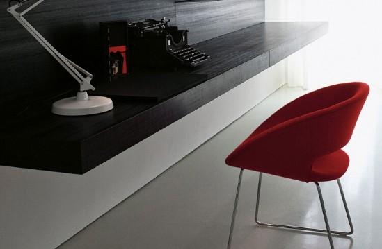 Entdecken Sie bei Conzept Beckord besondere Designmöbel! Hier finden Sie Porro Stühle: Conch