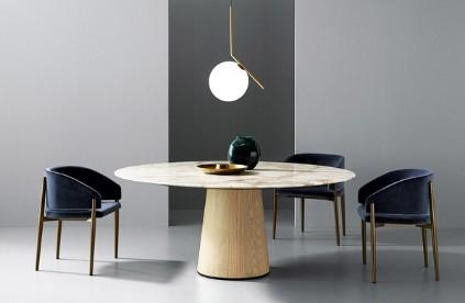 Entdecken Sie bei Conzept Beckord besondere Designmöbel! Hier finden Sie Porro Stühle: Frank