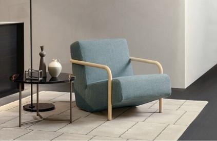 Entdecken Sie bei Conzept Beckord besondere Designmöbel! Hier finden Sie Porro Stühle: Lullaby